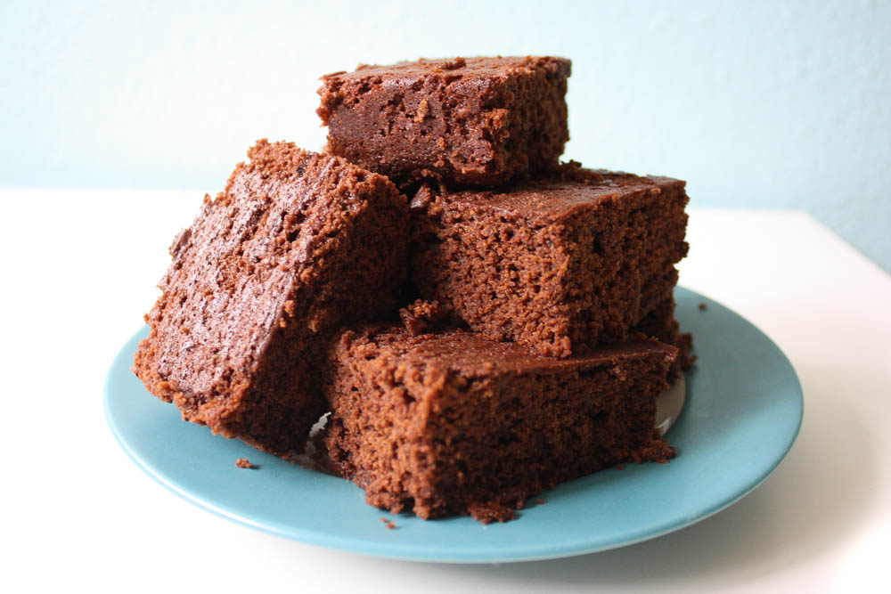 Moist and Delicious Vegan Brownies -- Milk-, Egg- and Nut-free