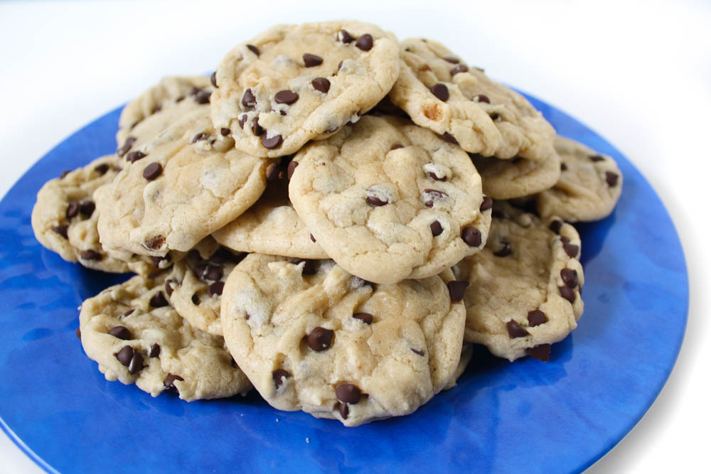 Vegan chocolate chip cookies that taste EXACTLY like cookie dough!